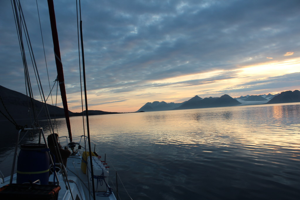 A view off the bow of S/Y Aleiga during a midnight watch.
