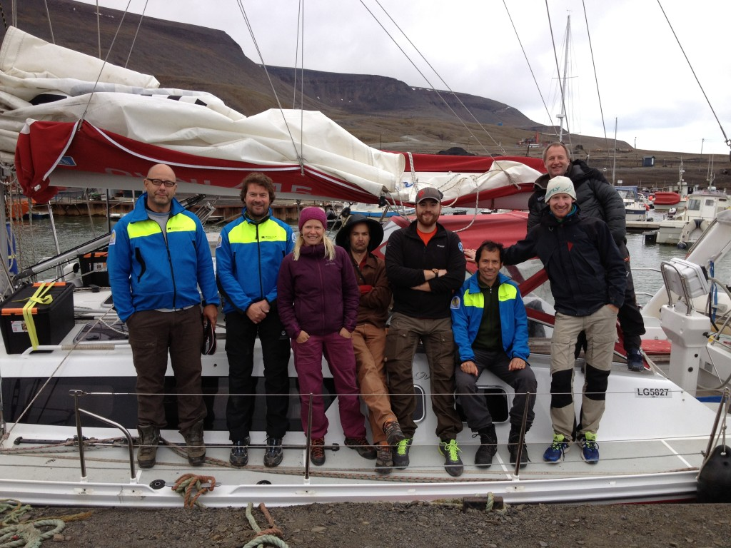 The 2014 IceBound team on the deck of sailboat S/Y Aleiga ready to set sail, from left to right Björn Gunnarson, Hans Linderholm, Anna Hormes, Toby Koffman, Will Philipps, Mauricio Fuentes, Anders Aulie, and Niklas Gerhardson.