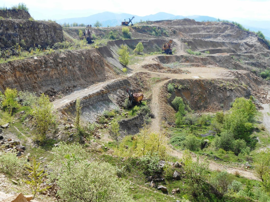 Abandoned coal mine with organic rich laminated marlstones