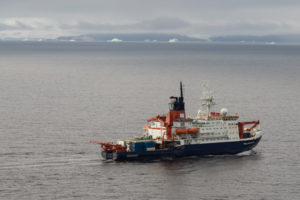 Braving the Drake Passage with Thomas Ronge