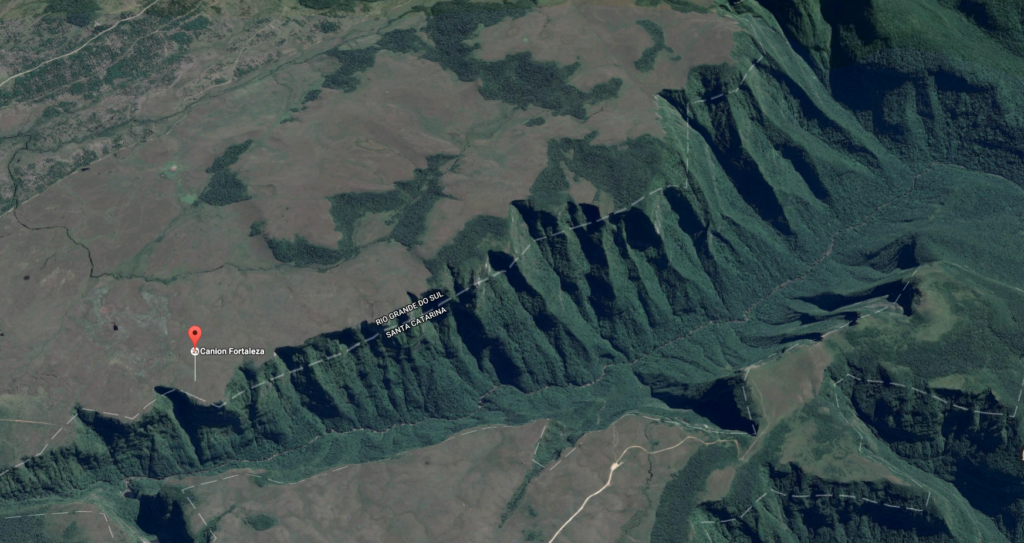 Figura 1: Fortaleza Canyon from above by Google Earth