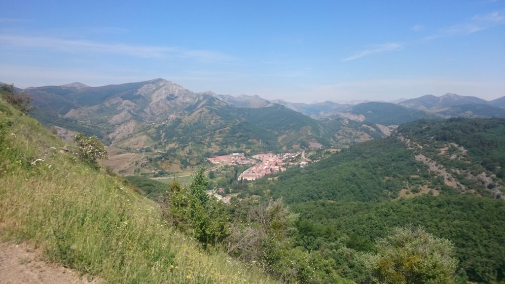 Figure 2 – Looking SE down on La Pola de Gordón from one of the smaller mountains in the lower half of the mapping area.